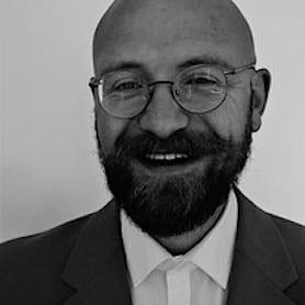 Dr. Andreas Wolfsteiner