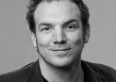 Jan T. Claussen