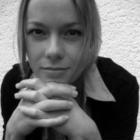 Isabelle Stolzenburg