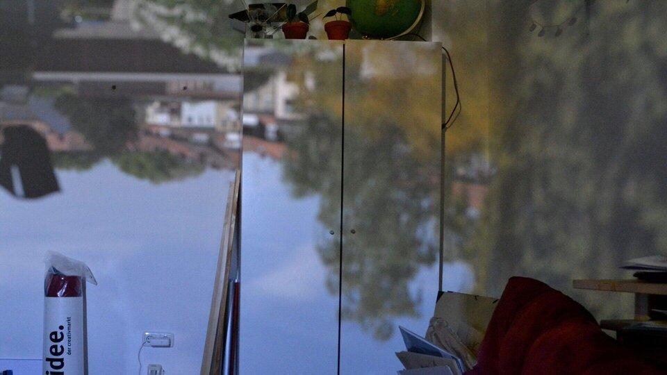 """""""Künstlern"""" in der Coronazeit: Bau einer Raumkamera"""